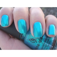 Trend Alert: Paint Your Nails in Pantone's Top Colours for Spring 2015
